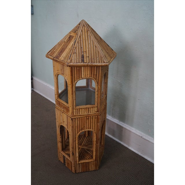Vintage Rattan Bamboo Terrarium Display Cabinet AGE/COUNTRY OF ORIGIN: Approx 70 years, America DETAILS/DESCRIPTION:...