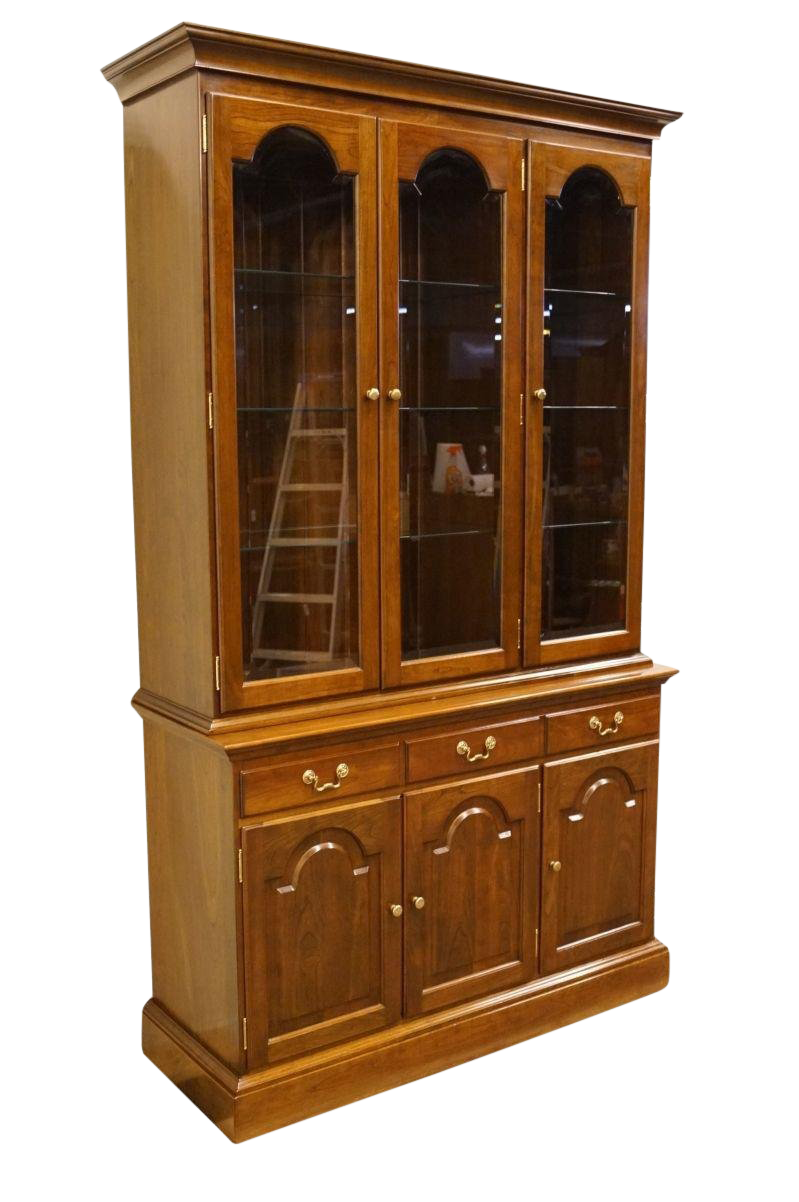 20th Century Traditional Stickley Furniture Solid Cherry China Cabinet For  Sale