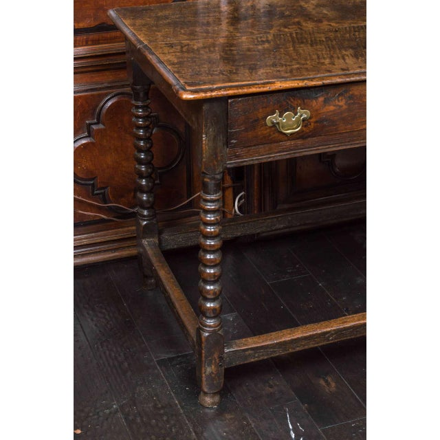 English 1780s English Single Drawer and Bobbin Turned Legs Oak Side Table For Sale - Image 3 of 9