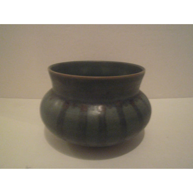 Green Striped Art Pottery Pot - Image 2 of 7