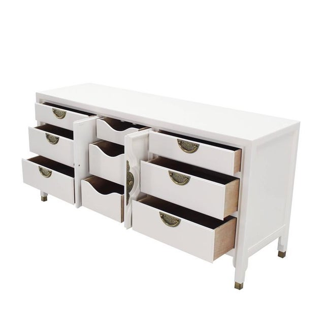 Gold Mid-Century Modern White Lacquer Brass Drop Pulls Triple Dresser For Sale - Image 8 of 11