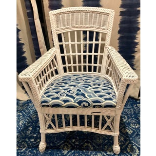 1970s Vintage East Coast Style White and Blue Wicker Rattan Palm Beach Bar Harbor Dining Set- 5 Pieces Preview