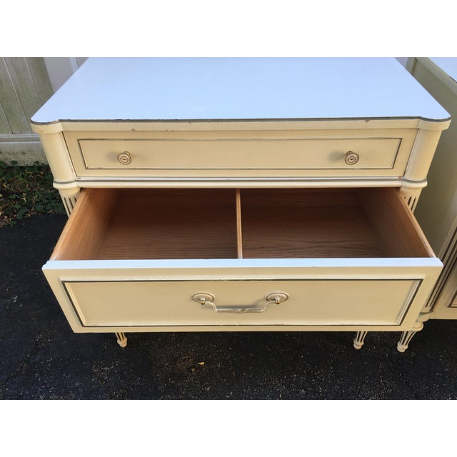 Wood 1970's Vintage Neoaclassical Thomasville Nightstands-A Pair For Sale - Image 7 of 13