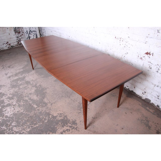 Danish Modern Kipp Stewart for Calvin American Design Foundation Walnut and Rosewood Boat-Shaped Extension Dining Table For Sale - Image 3 of 13