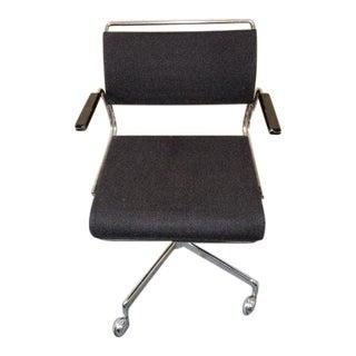 Vintage Mid-Century Modern Chrome Harter Executive Swivel Office Chair For Sale