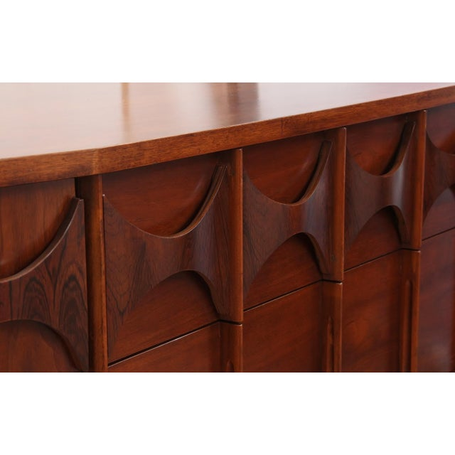 1960s 1960s Kent Coffey Perspecta Dresser For Sale - Image 5 of 8