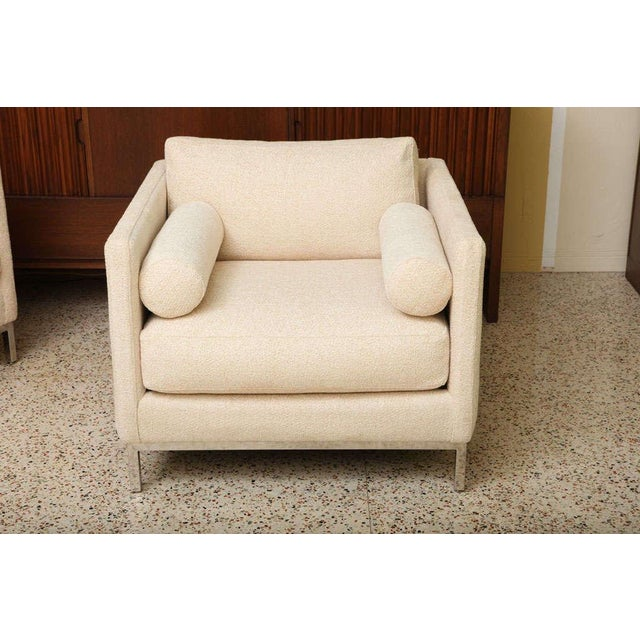 White Modern Plush Armchair by ICF 1960s For Sale - Image 8 of 9