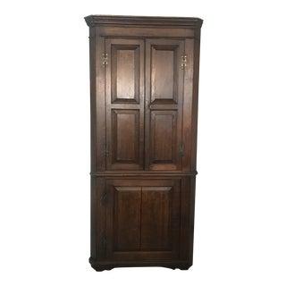 19th Century George III British Oak Corner Cupboard For Sale