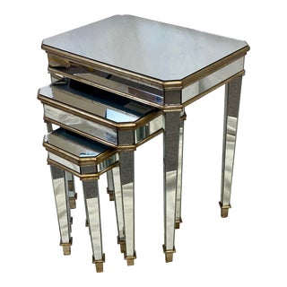 Vintage Hooker Furniture Mirrored Nesting Tables - Set of 3 For Sale