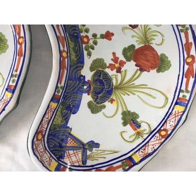 Ceramic CACF Faenza Italian Pottery Bone Plates - a Pair For Sale - Image 7 of 13