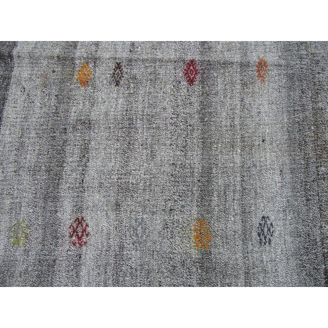 Textile Handwoven Vintage Grey Turkish Kilim Rug - 7′2″ × 11′11″ For Sale - Image 7 of 10