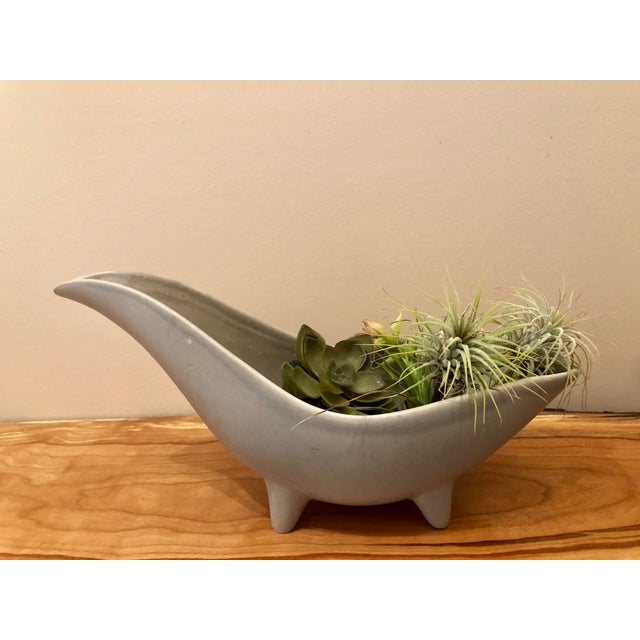 Gray Mid-Century Modern Gray Footed Ceramic Planter For Sale - Image 8 of 9