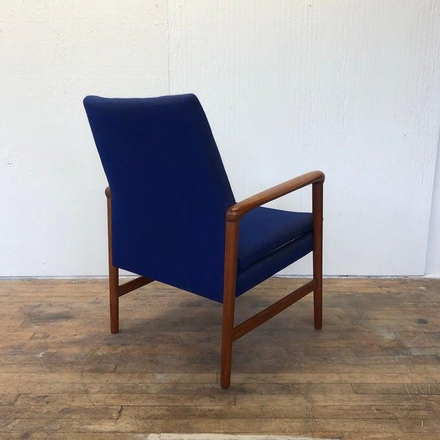 Mid-Century Fritz Hansen Danish Teak Armchair Lounge For Sale In Philadelphia - Image 6 of 13
