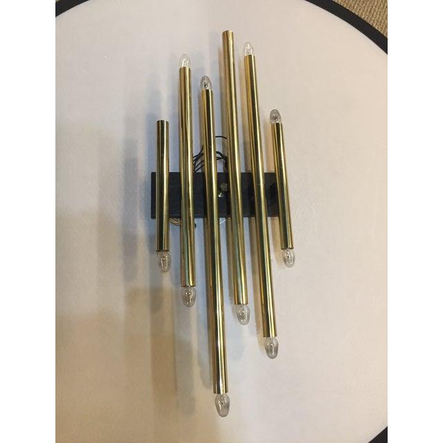 Vintage Single Brass Lightolier Sconce For Sale In New York - Image 6 of 6