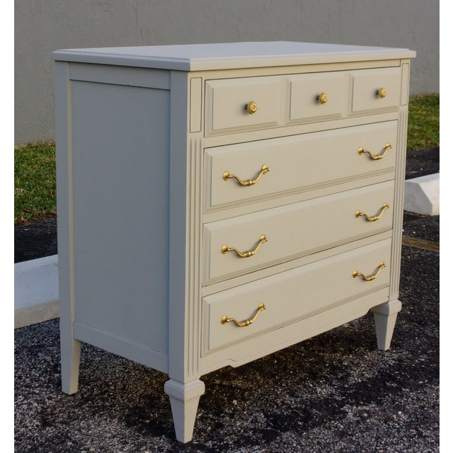 Soft Gray 4-Drawer Dresser - Image 5 of 8