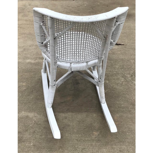 Early 20th Century Antique White Wicker Rocking Chair For Sale In Dallas - Image 6 of 8