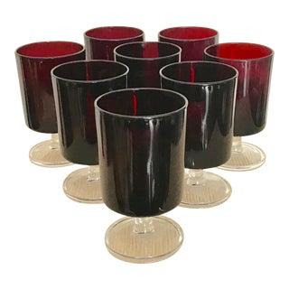 Vintage Modern Medium Red Glasses on Clear Base - Set of 8 For Sale