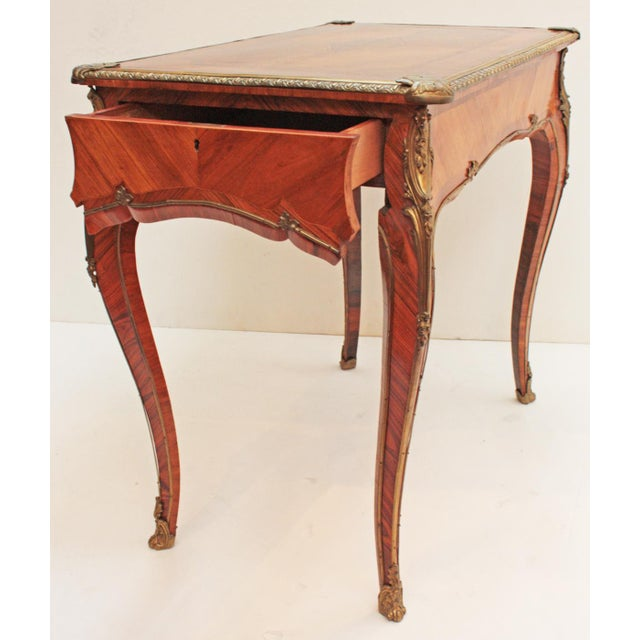 English Louis XV Style Table by Town & Emanuel, London (with surviving paper label) For Sale - Image 5 of 8