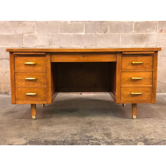 -MANUFACTURE: Indiana Desk -IN THE STYLE OF: Mid-Century Modern -DATE OF MANUFACTURE: 1960's -MATERIALS TOP: Wood...