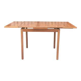 Danish Mid Century Table With Hidden Leafs