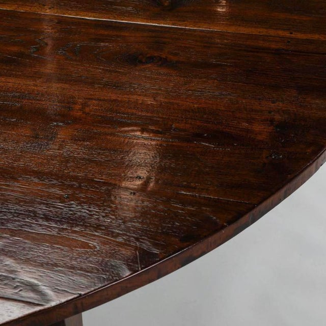 19th Century English Round Chestnut Farmhouse Dining Table - Image 5 of 9