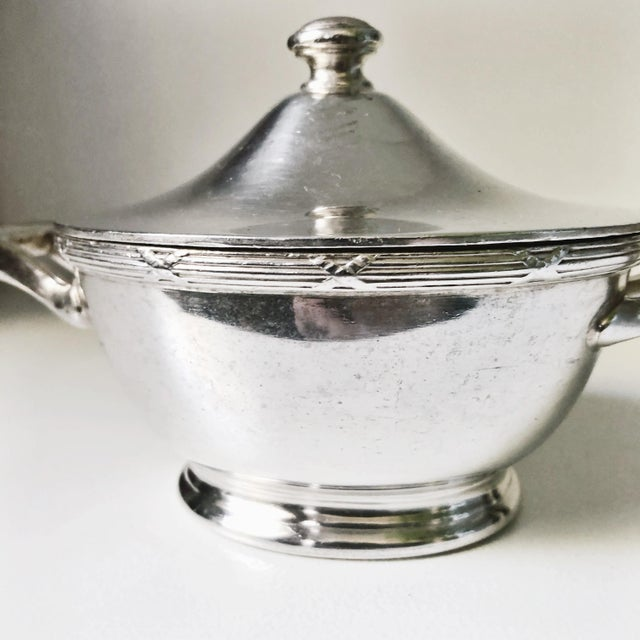 A wonderful vintage circa 1933 heavy silver plated lidded sugar bowl from a pullman company train car! In excellent...