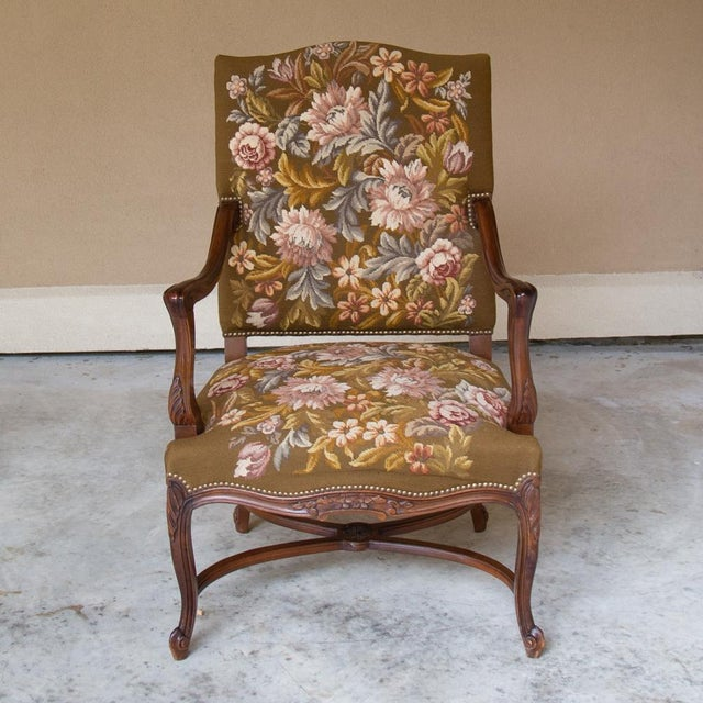 French 19th Century Antique French Louis XV Original Needlepoint Tapestry Armchair For Sale - Image 3 of 13