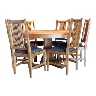 Stickley Mission Oak Round Pedestal Dining Table & Six High Spindle Back Dining Chairs For Sale