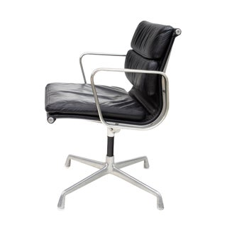 Eames Soft Pad Chair in Black Leather, #2 For Sale