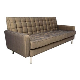 Classic Mid-Century Modern Florence Knoll Tufted Chrome Sofa 1950s Usa For Sale