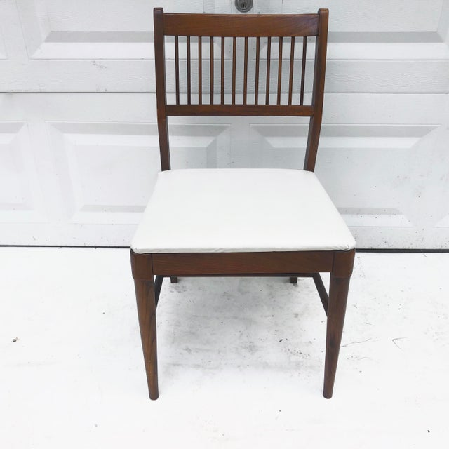 Wood Mid-Century Spoke Back Chair by Johnson Carper For Sale - Image 7 of 11
