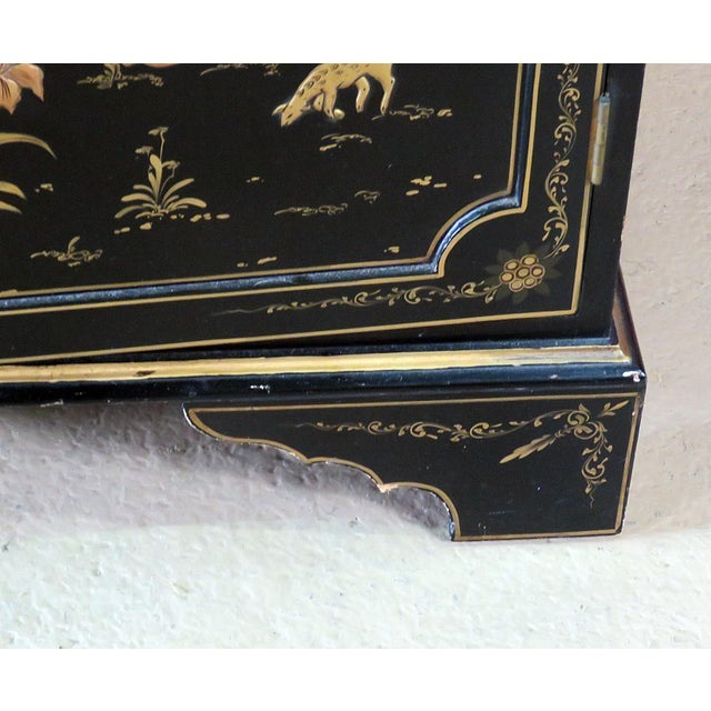 Georgian Furniture Company Chinoiserie Commode For Sale - Image 4 of 10