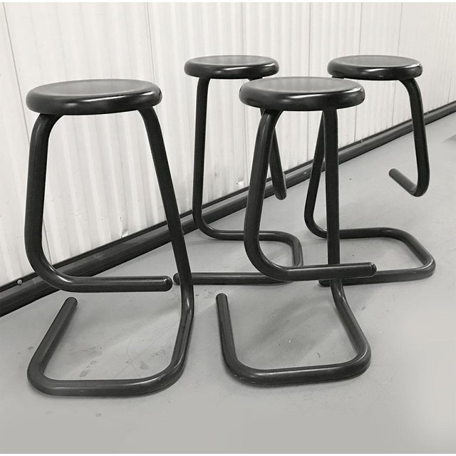"""Metal 1970s """"Paperclip"""" Bar Stools by Haworth for Kinetic For Sale - Image 7 of 10"""