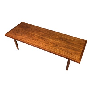 Walnut Mid-Century Modern Coffee Table For Sale