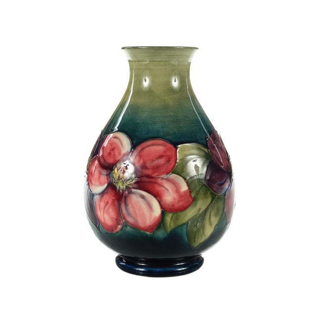 Moorcroft Green & Red Flowers Pottery Art Vase - Image 4 of 7
