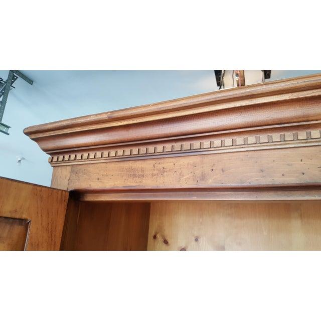Habersham Plantation Armoire Cabinet - Image 7 of 8