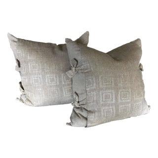 Natural Linen Pillows With Bow Ties - A Pair