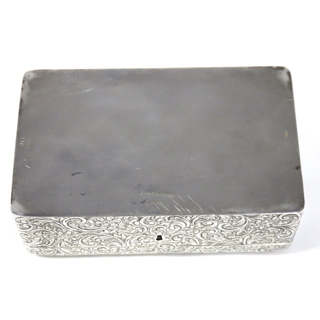 Engraving Antique 1900s Victorian Sterling Silver Jewelry Box For Sale - Image 7 of 13