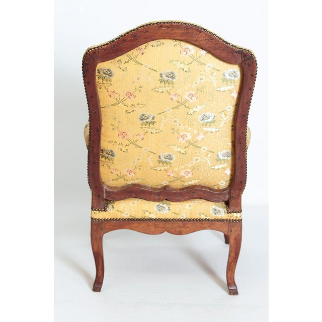Early 18th Century A Early 18th Century Walnut Regence Armchair For Sale - Image 5 of 13