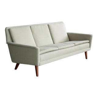 Classic Danish Mid-Century Sofa by Folke Ohlsson for Fritz Hansen 1950's For Sale