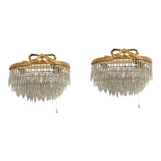 1920s Louis XVI Scones in Crystal and Bronze - a Pair For Sale