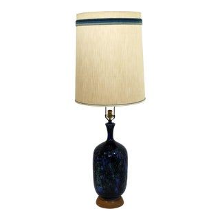 Mid Century Modern Blue Ceramic Fantoni Style Table Lamp With Original Shade Finial For Sale
