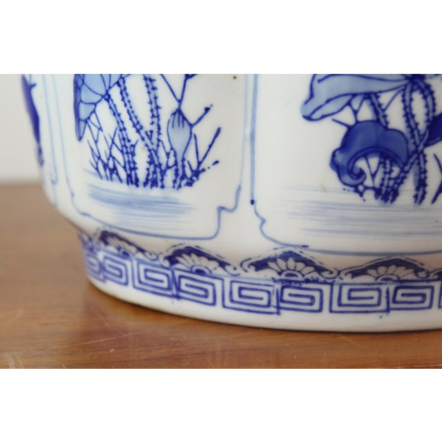 Vintage Mid Century Floral Chinese Planter For Sale In New York - Image 6 of 8
