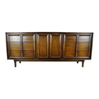 Drexel Mid Century Modern Pacer Dresser With Mirror