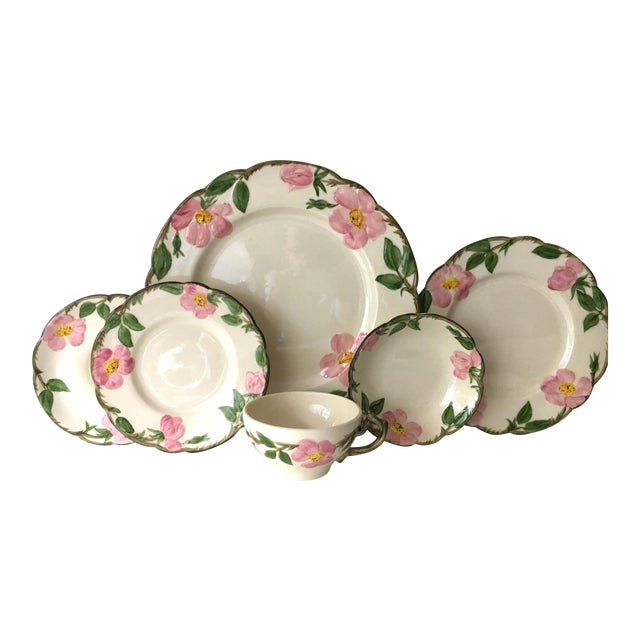 Franciscan Desert Rose Dinnerware - Service for 6 For Sale