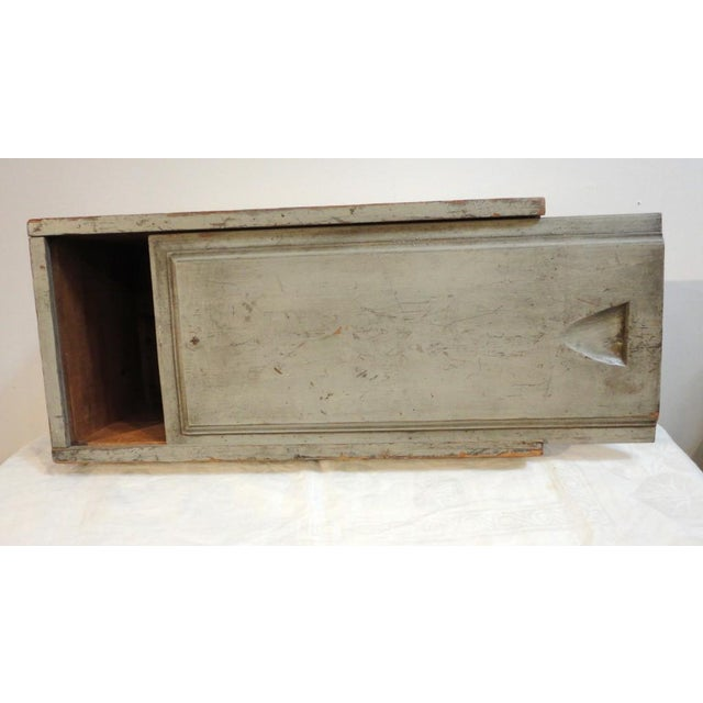 Early 20th Century 19th Century Original Grey Painted Large Candle Box from New England For Sale - Image 5 of 8