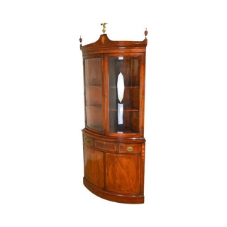Federal Style Vintage Mahogany Bow Glass Inlaid Corner Cabinet For Sale