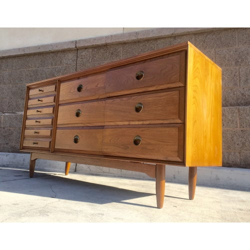 Mid Century Modern Credenza Dresser from the 1960s - Image 3 of 3