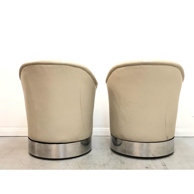 J. Robert Scott 1980s Vintage J. Robert Scott Leather and Chrome Barrel Chairs- A Pair For Sale - Image 4 of 12