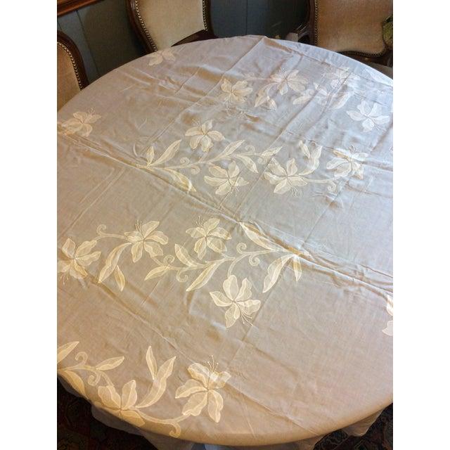 Antique Appliquéd Linen Tablecloth & Napkins - Set of 13 For Sale - Image 10 of 13